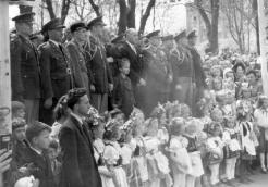 Monument (2) in Municipal Park. Delegation at unveiling ceremony on 27 April 1947