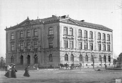 School by Horní brána (Upper Gate). J. Haberzettl around 1895