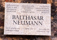 The new memorial plaque of B. Neumann was unveiled on 21 July 2001