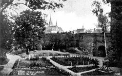 Castle courtyard from west. Around 1935