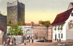 Entry to the castle. Around 1910